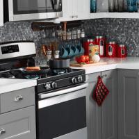 Kitchen Set of Appliances